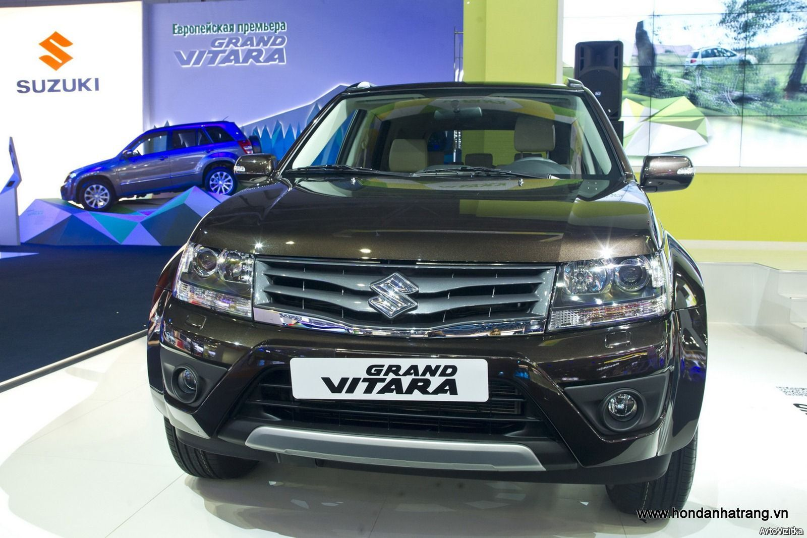 New Suzuki Grand Vitara 2016 Black Color For Sale At Auto Show